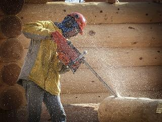 log-building-340492_640