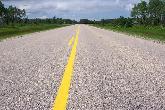 road-14368_640